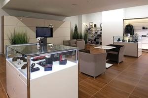 jaguar-land-rover-flatirons-interior-glass-displays