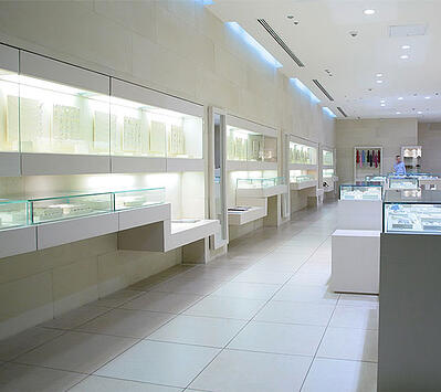 Retail Glass Fixture in jewelry store