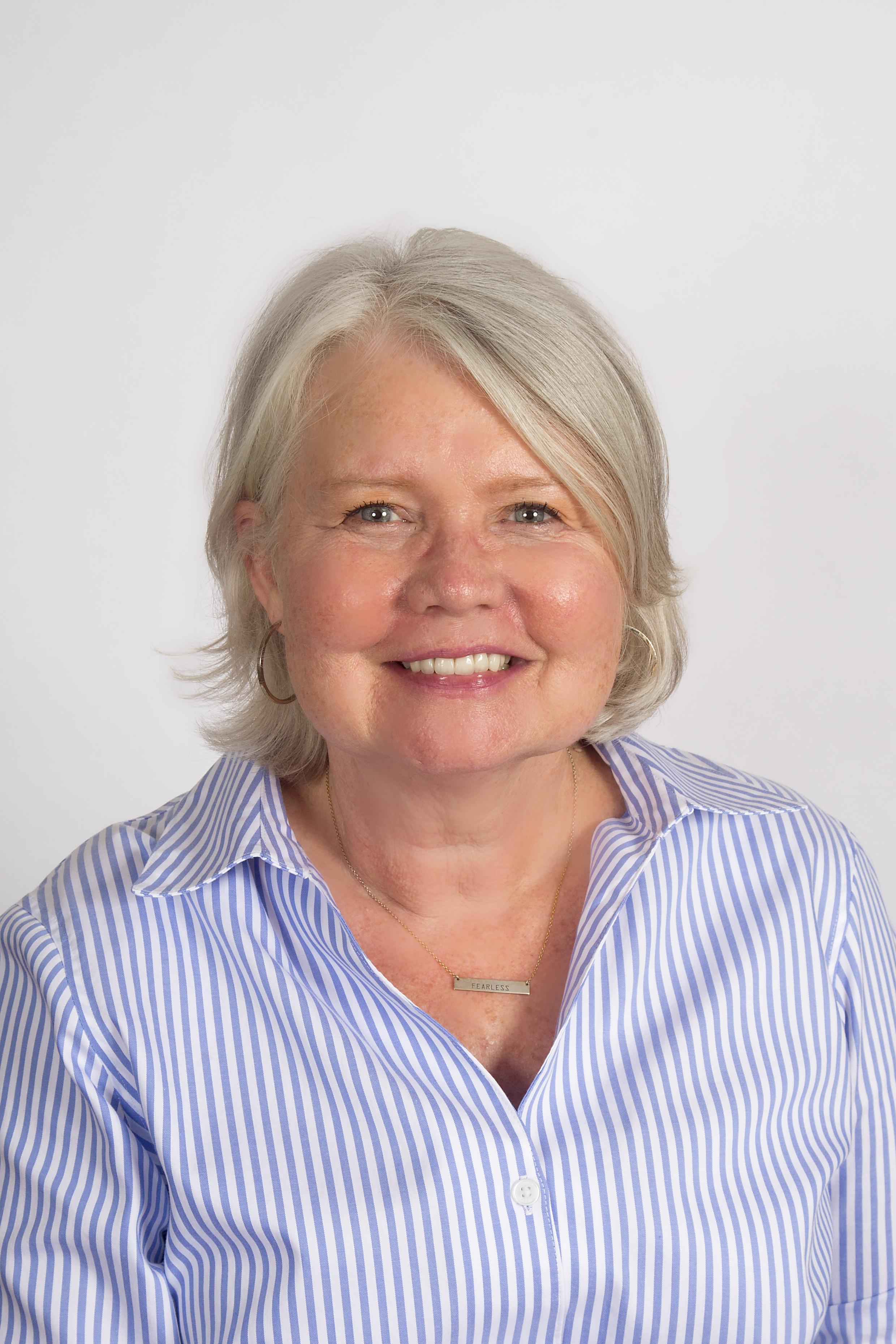 Phyllis Cooper Dillmeier Glass
